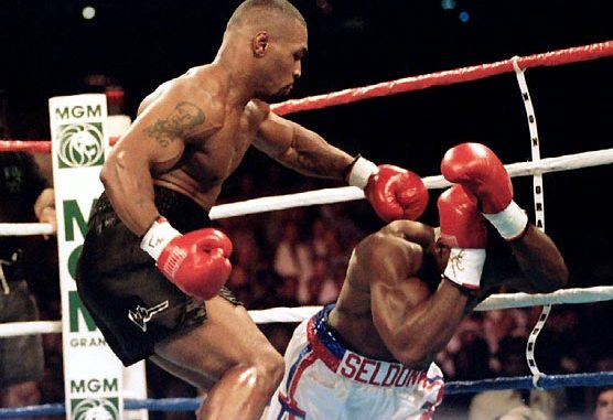 "Mike Tyson throws the ""finishing blow"" to Bruce Seldon in controversial ending to the match."