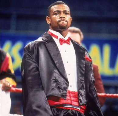 """Roy Jones Jr, in his tuxedo before his """"coming out"""" fight vs Glenn Wolfe at Caesars Palace, Las Vegas, NV February 13, 1993 (Photo by V.J. Lovero/Sports Illustrated/Getty Images)"""